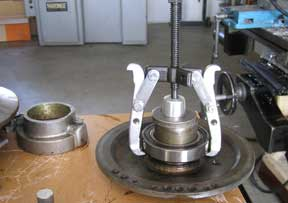 REMOVING THE VARIABLE SPEED BEARING